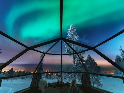 Aurora Borealis, Glasiglu