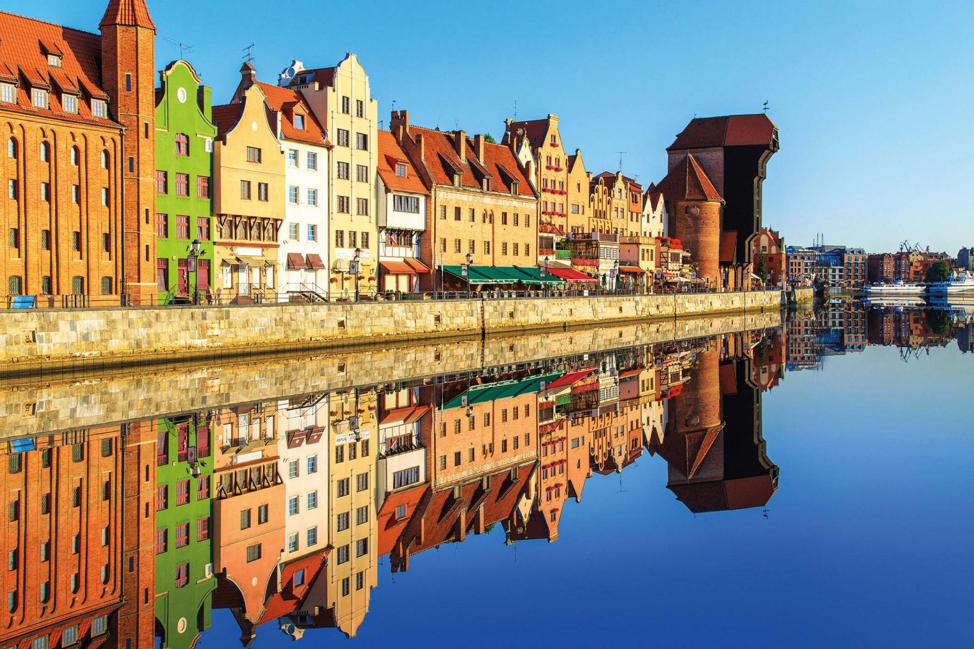 Polen, Danzigs historischer Hafen mit Krantor
