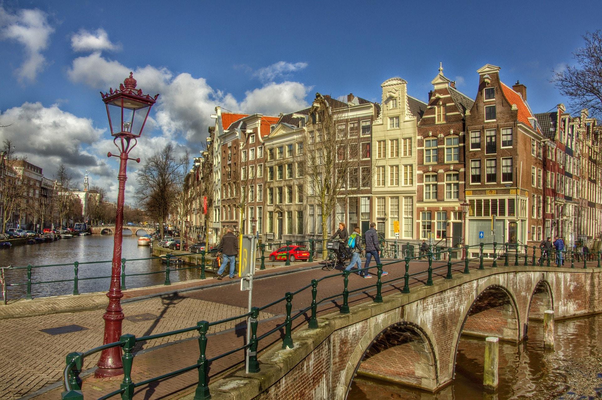Quer durch Europa, Amsterdam