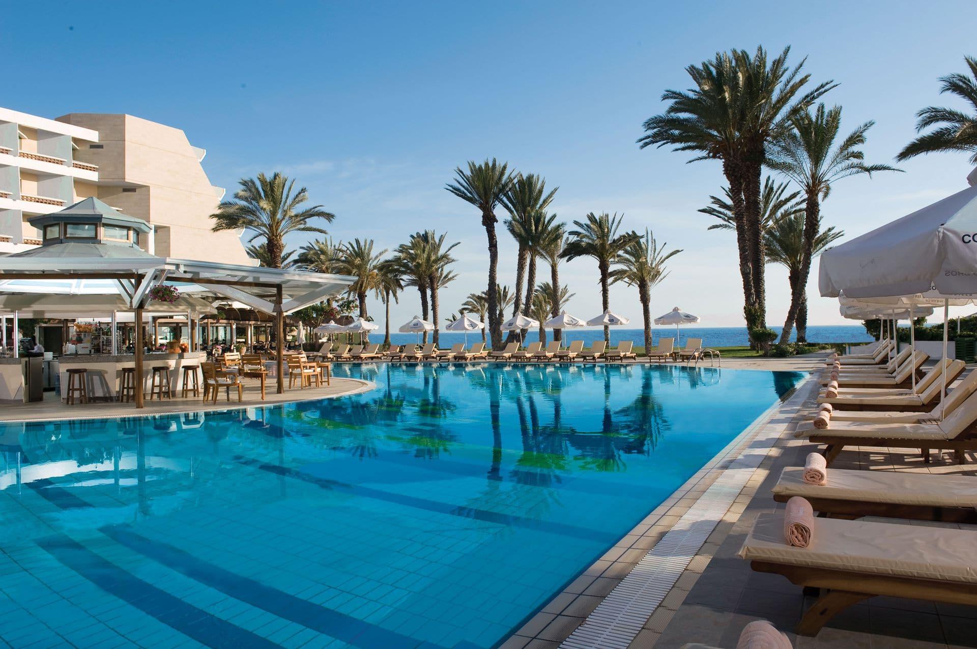 (c) Pioneer Beach Hotel